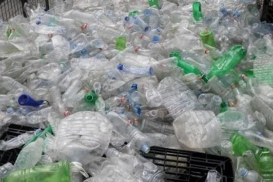 Campagne nationale contre les emballages en plastique