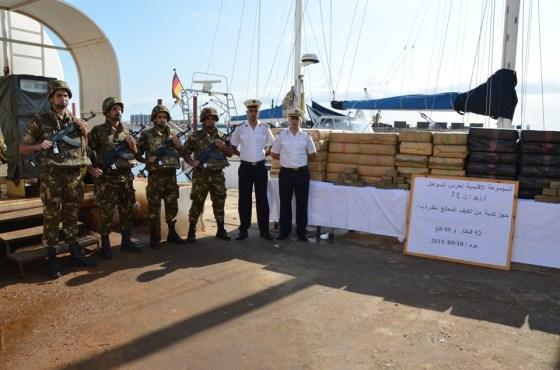 Opération de secours d'un voilier près d'Oran