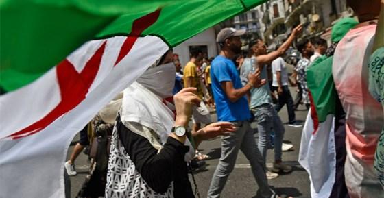 Une marche «contre la tenue d'élections» réprimée à Constantine