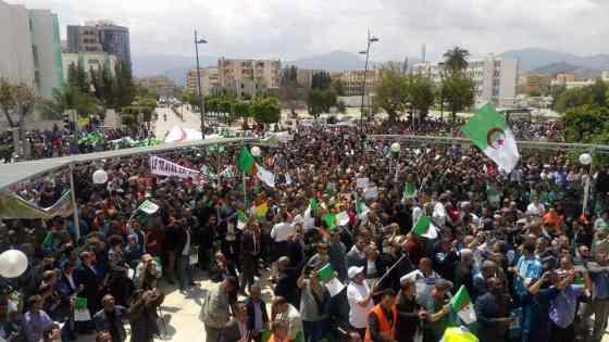 Béjaïa : Marche pour la libération des détenus du mouvement