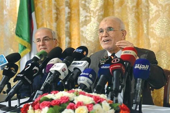 Mohamed Charfi  : «Le ministère de l'Intérieur nous a transféré toutes ses prérogatives»