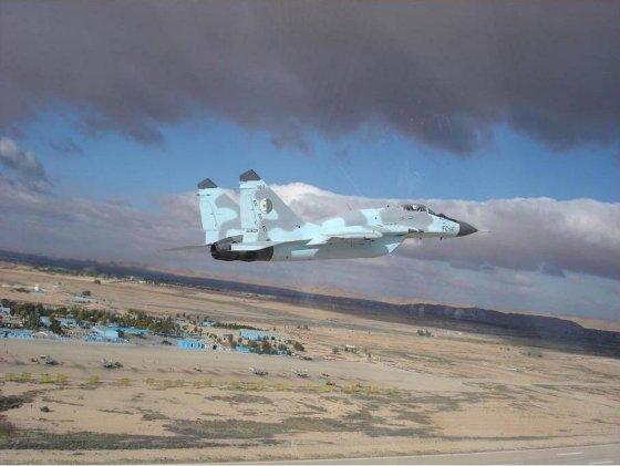 Crash d'un avion militaires près de Tiaret: le pilote sain et sauf