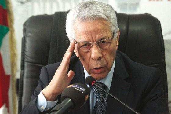 Mouloud Hamrouche  :  « Même si je suis élu, je ne pourrais rien faire »