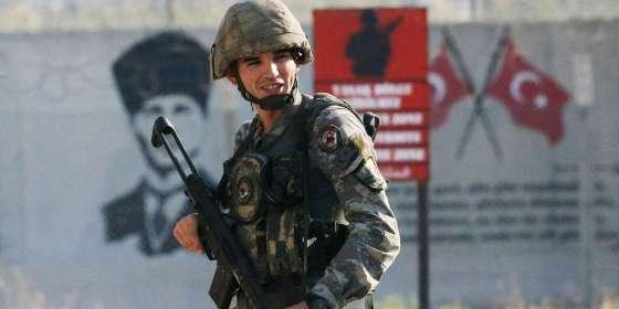 Syrie : Ankara décidée à poursuivre son offensive