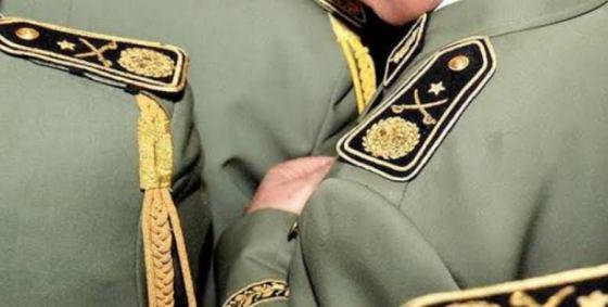 Le général-major M'henna Djebbar placé en détention