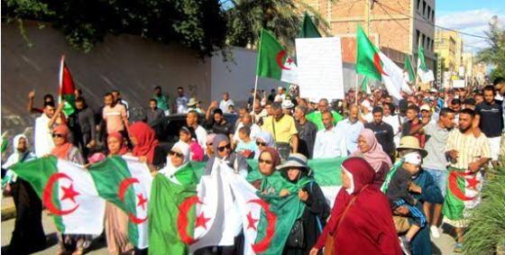 Constantine : Les manifestants refusent de céder aux pressions