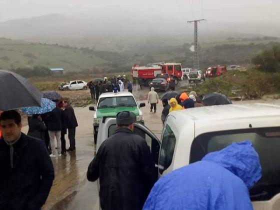 Bouzeguène : Un oued en crue emporte une voiture avec quatre personnes à son bord