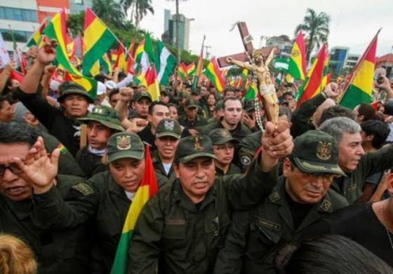 Crise en Bolivie : Morales se réfugie au Mexique, une présidentielle avant le 22 janvier