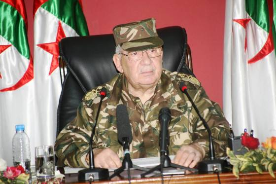 Gaïd Salah :  « Le peuple algérien est un peuple des grands défis »