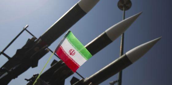 Assassinat de Soleimani: L'Iran riposte par des tirs de missiles contre une base américaine