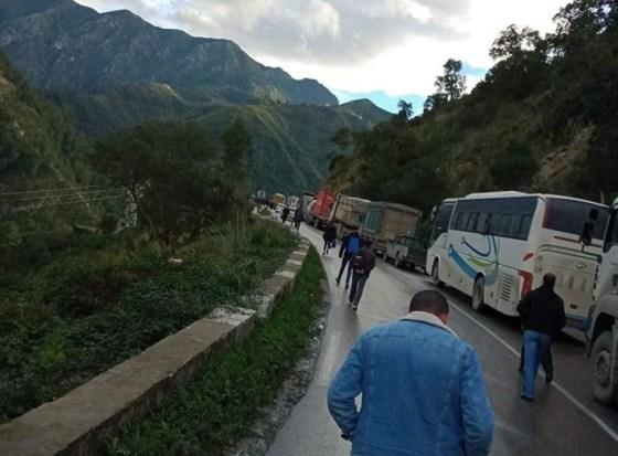 Béjaïa: les routes nationales 09 et 26 bloquées par des villageois