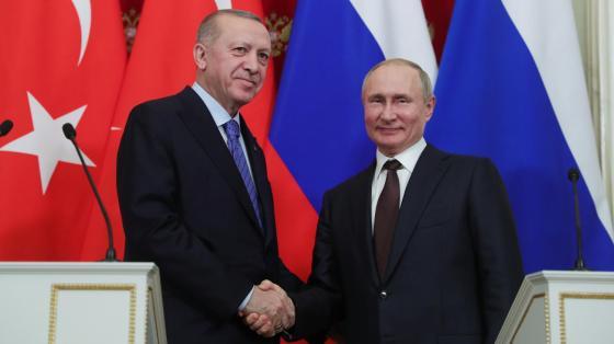 Poutine et Erdogan concluent une trêve à Idlib