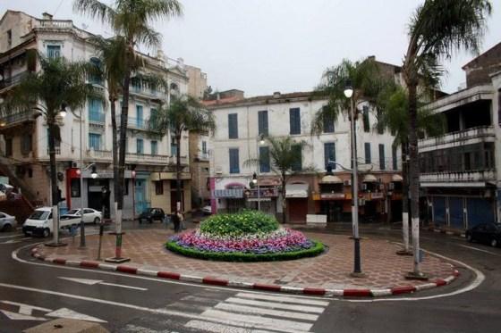 Les rues se vident à Bejaia Pour faire face ou Covid-19