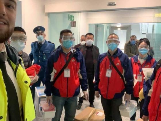 L'Algérie réceptionne une première aide médicale chinoise