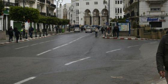 Comment les Algériens vivent le confinement ?