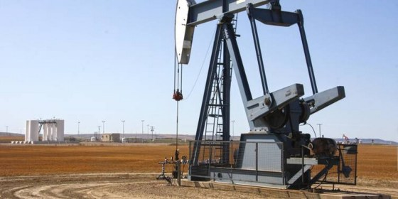 OPEP+: accord pour une réduction massive de la production sur deux ans