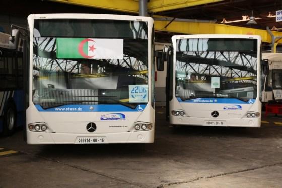 En dépit des lacunes signalées: 157 bus de l'ETUSA pour le personnel de la santé