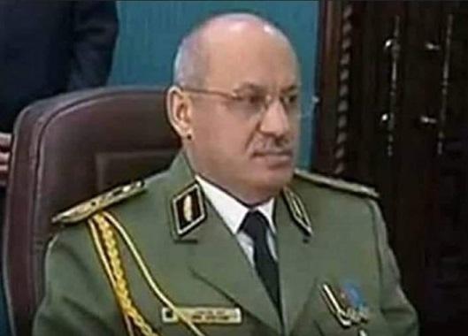 Le général Wassini Bouazza condamné à 8 ans de prison