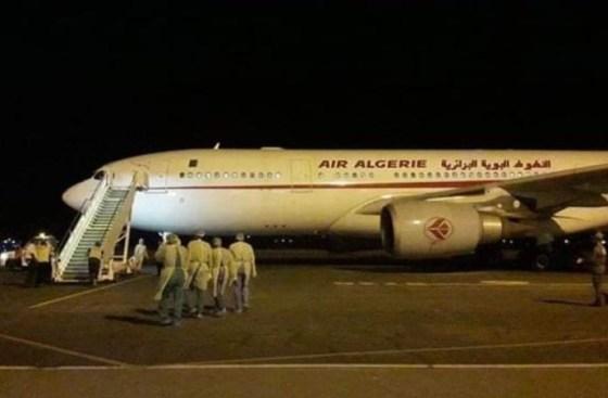 621 ressortissants algériens rapatriés à bord de 2 avions en provenance de Paris