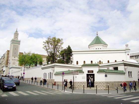 La mosquée de Paris dans les bras d'Alger