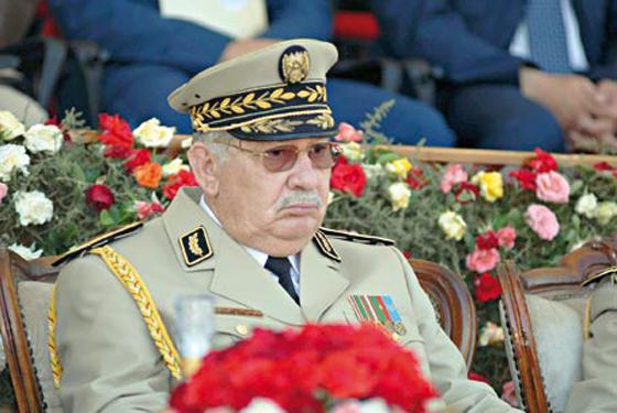 Gaïd Salah effectue une visite à la 4e Région militaire