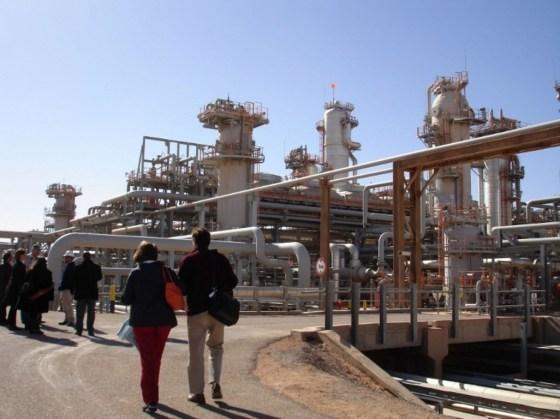 Le sommet nord-africain du pétrole et du gaz s'ouvre à Alger
