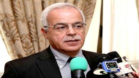 Grine condamne l'appel au meurtre contre Kamel Daoud