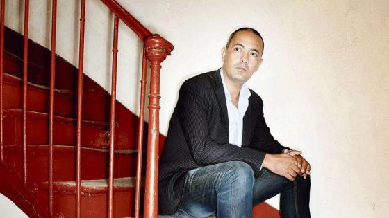 Rassemblement de soutien à l'écrivain Kamel Daoud à Aokas