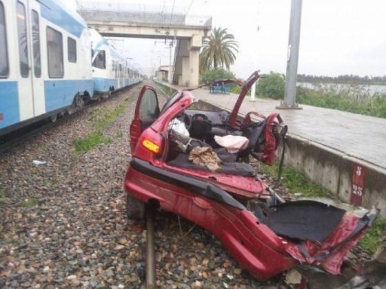 Un train percute une voiture à Birtouta: un mort et un blessé grave