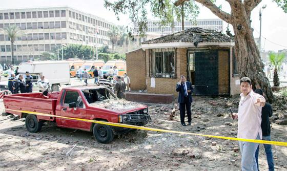 Trois policiers tués au Caire et à Minya