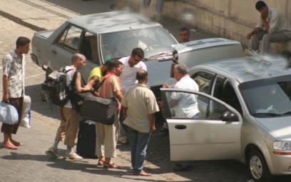 Chlef : Un client vole le véhicule d'un chauffeur de taxi clandestin