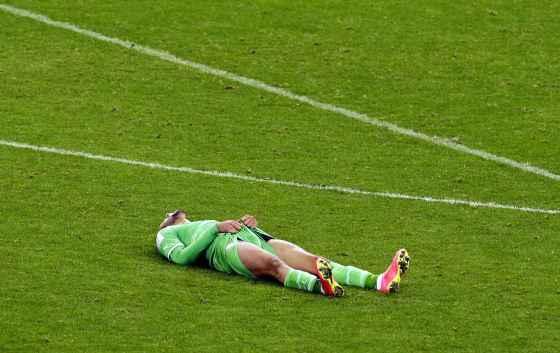 Islam Slimani blessé à la cheville, incertain face au Ghana