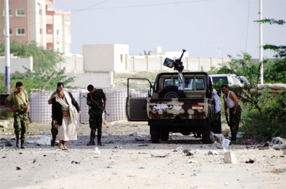 Le président Hadi menacé, le Sud ferme Aden