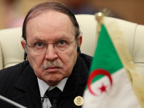 Bouteflika attend l'issue des  consultations du FFS sur le consensus
