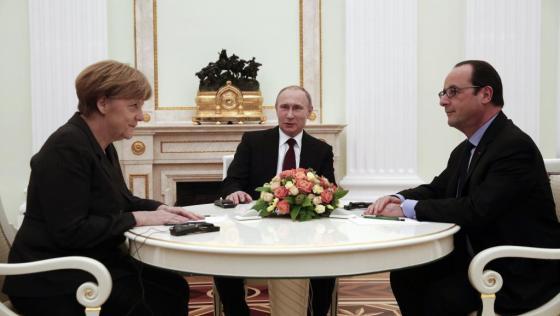 Hollande prévoit la guerre contre la Russie