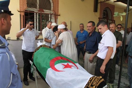 L'adieu des confrères à Nadir Bensebaâ