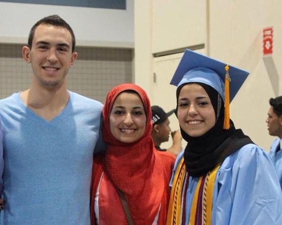 Trois musulmans froidement assassinés par un raciste aux Etats-Unis