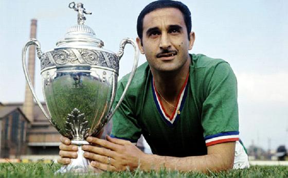 Rachid Mekhloufi fait partie des rebelles du foot