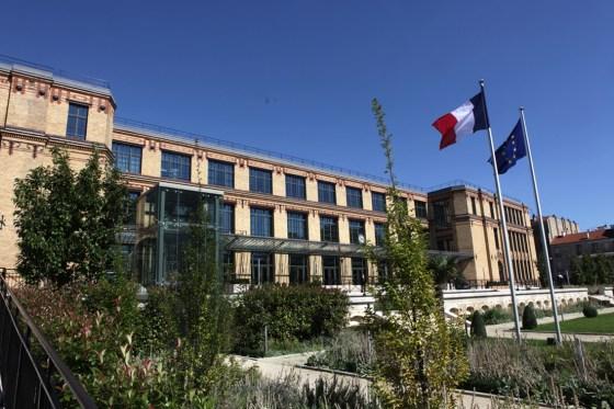 A quoi joue le Quai d'Orsay ?