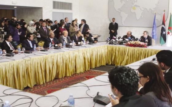 Chefs de partis et militants dialoguent à Alger : Pour un miracle libyen