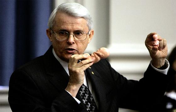 Un sénateur US, sûr de la victoire de la Syrie sur le terrorisme