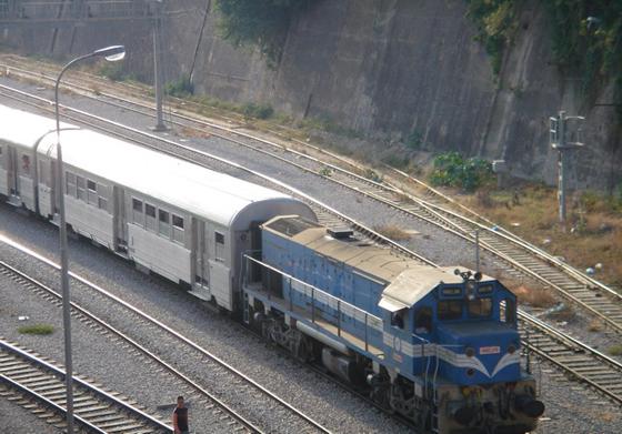 Mise en service partielle de la ligne ferroviaire Thénia-Bordj Menaïel