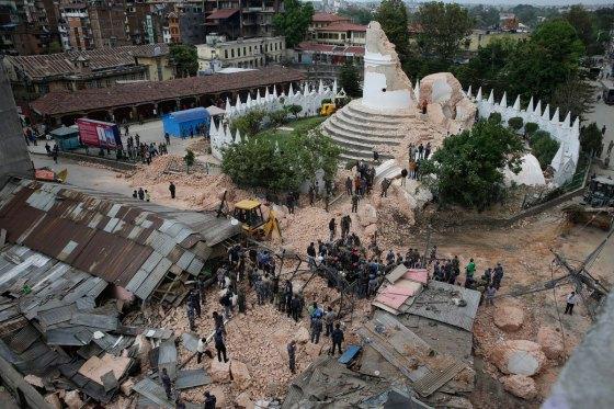 Un séisme de 7.8 degrès frappe le Népal