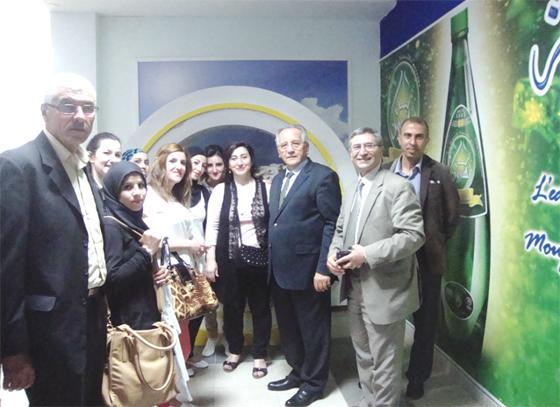 Des étudiants en visite au Groupe SIM