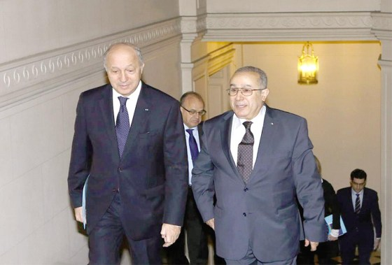 Visite de Fabius: Quatre accords de partenariat signés