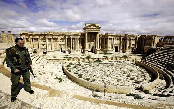 Les terroristes de l'EI auraient pris des secteurs de Palmyre
