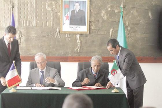 Coopération algéro-française pour lutter contre les incendies
