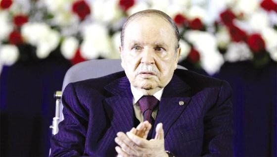 Révision de la constitution : Bouteflika insiste