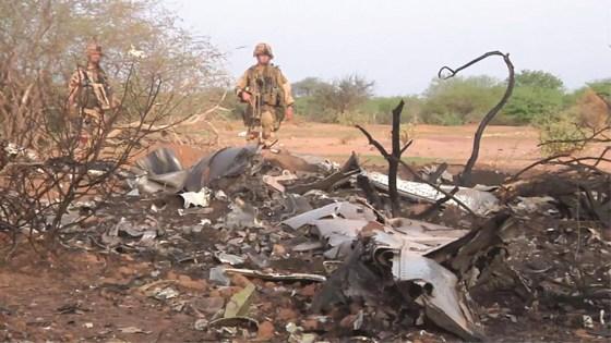 Crash du vol AH 5017 : deux responsables français à Alger
