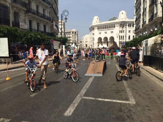 Les piétons se réapproprient le centre-ville